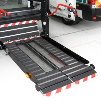 Inboard Stretcher Lift