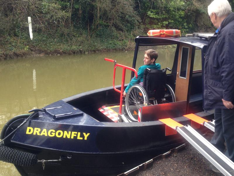 Boat wheelchair lift